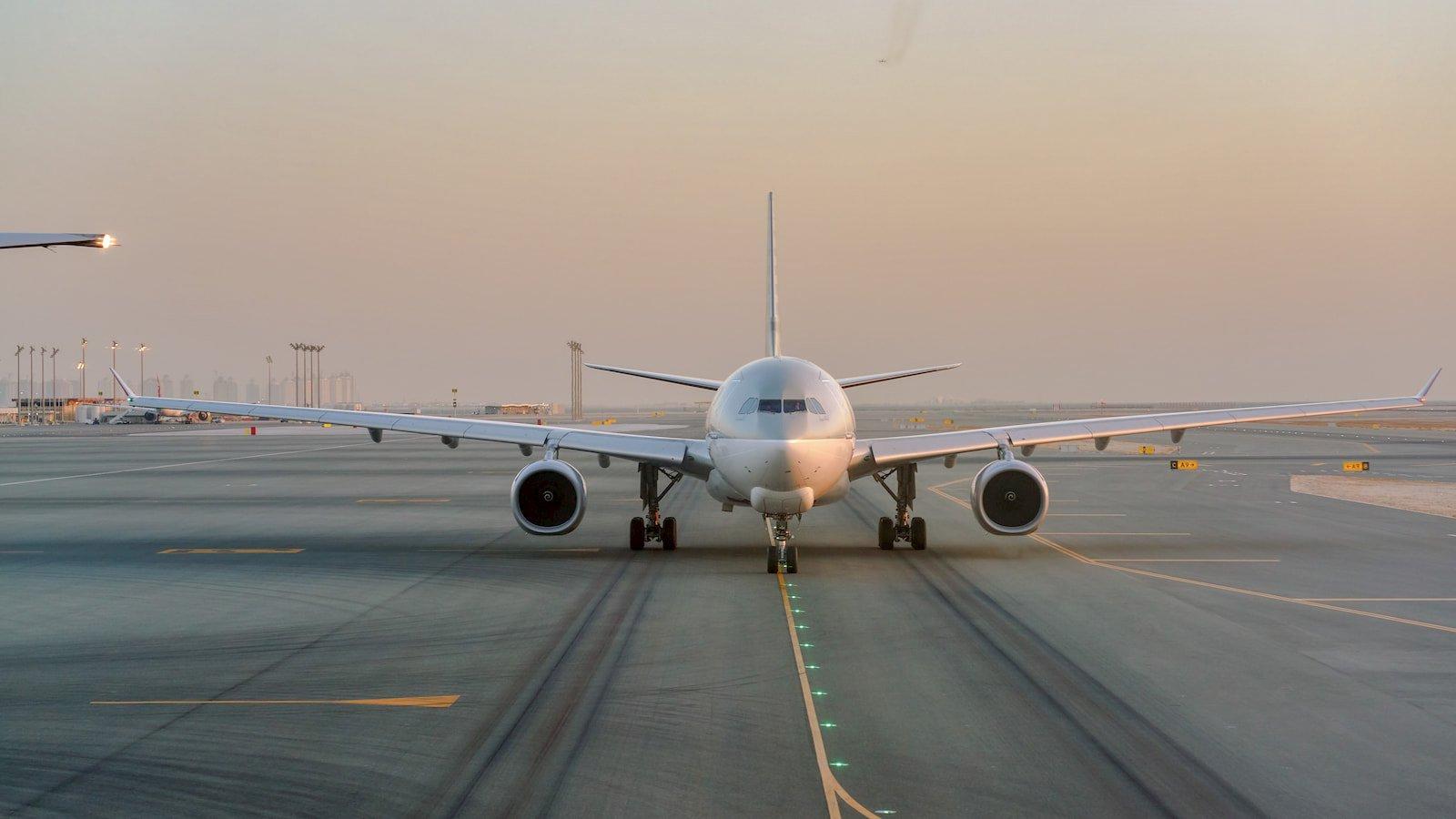 Qatar's Hamad International Airport Runway.jpg